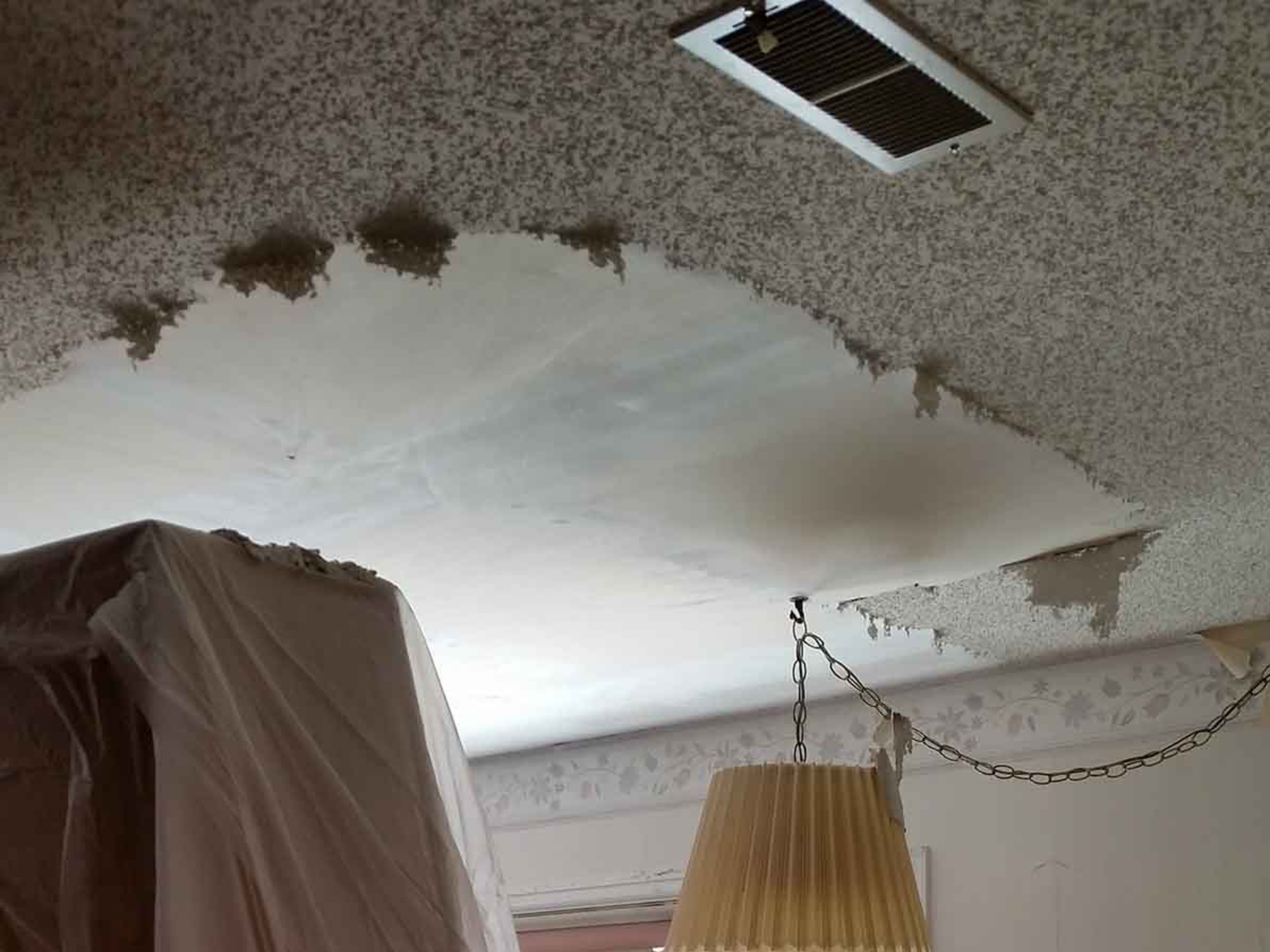 At Darlene Kay Our Trained Professionals Have The Experience Necessary To Remove Your Popcorn Ceiling With Ease Assuming There Isn T Asbestos In